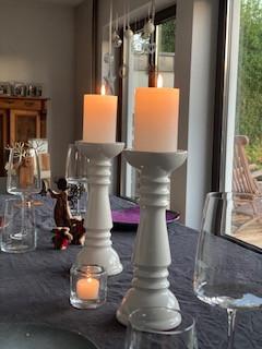 Wiedemann Marble Kerzen durchgefärbt, 100x68 mm, weiß, 8 Stück